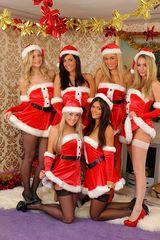 Santa's Sexy Helpers 00