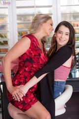 Joseline Kelly And Julia Ann 01