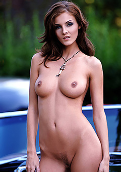 Ivette Blanche - Hot