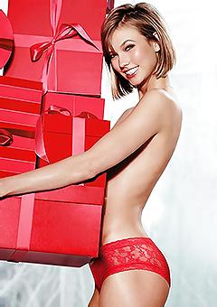 Topless Karlie Kloss