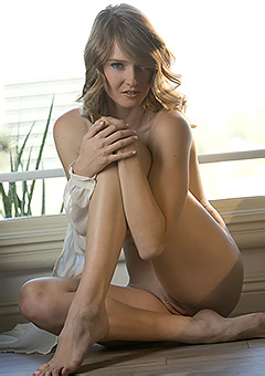 Sexy Babe Ashley Lane