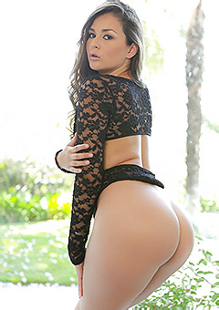 Fine Bubble Butts And Tiny Sexy Thongs