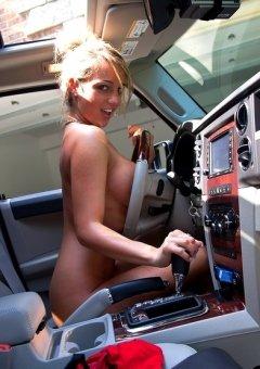 Nikki Simms